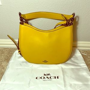 💕Make an offer💕 Coach leather bag.